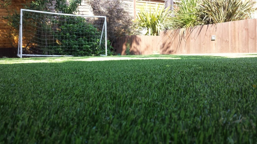 7 Signs You Should Invest In Artificial Grass