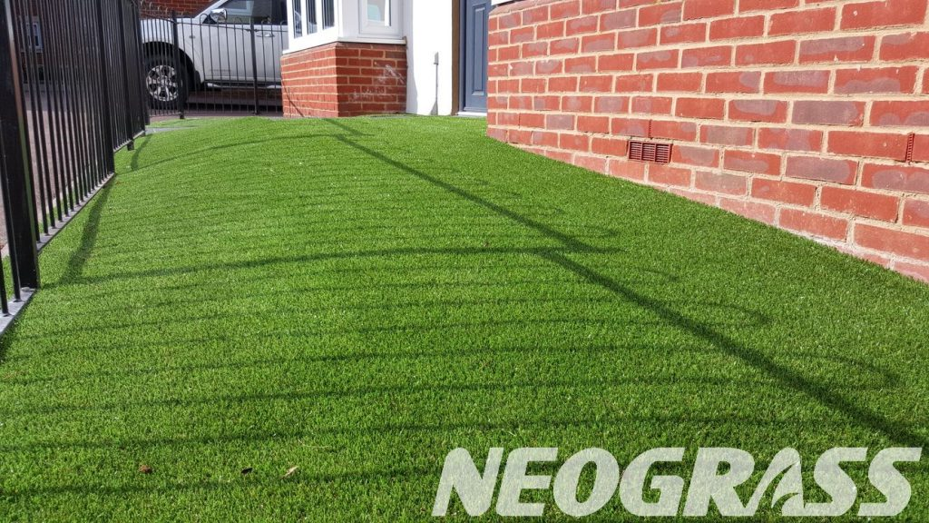 artificial grass benefits