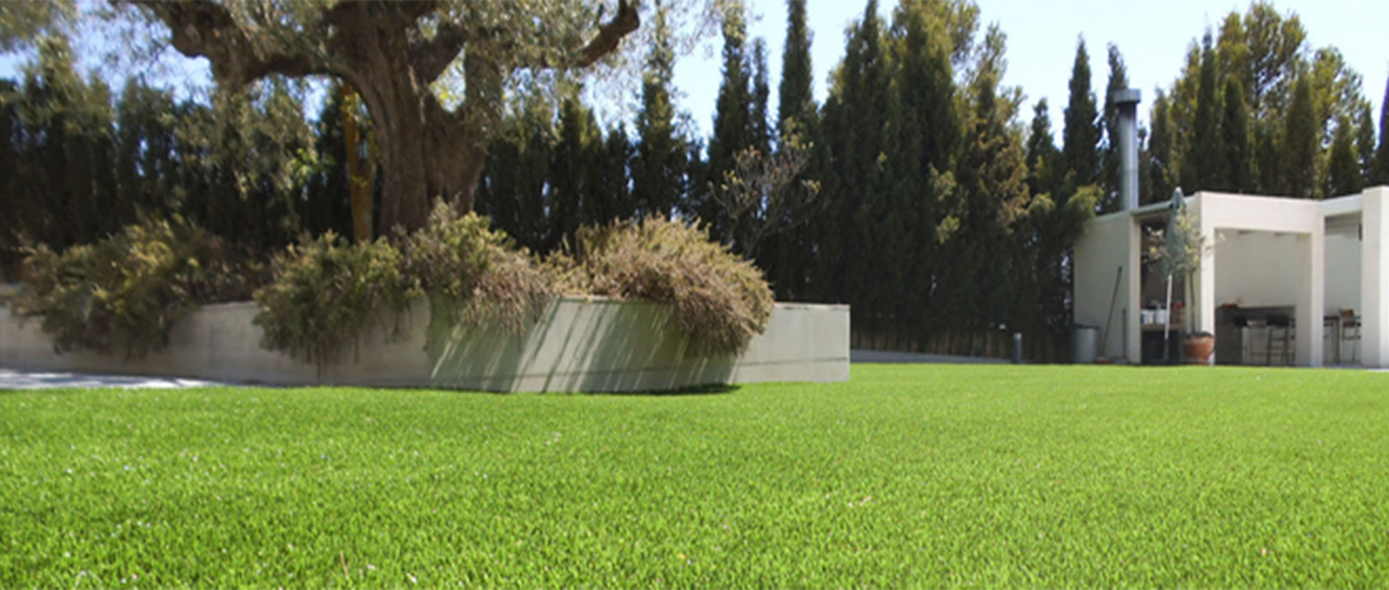 Artificial grass Lime. Advantages and benefits
