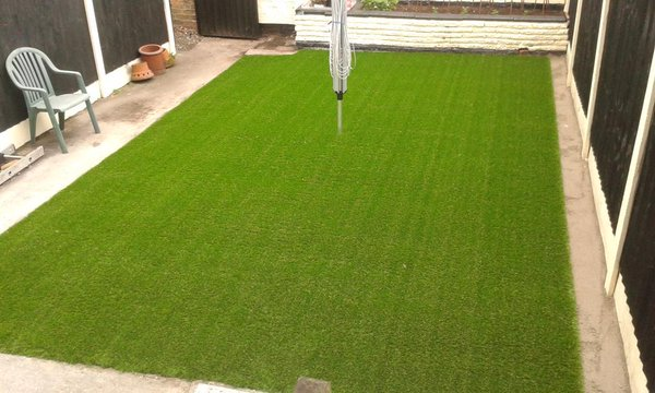 The Ultimate Guide to Choosing Artificial Grass For Your Garden Lawn