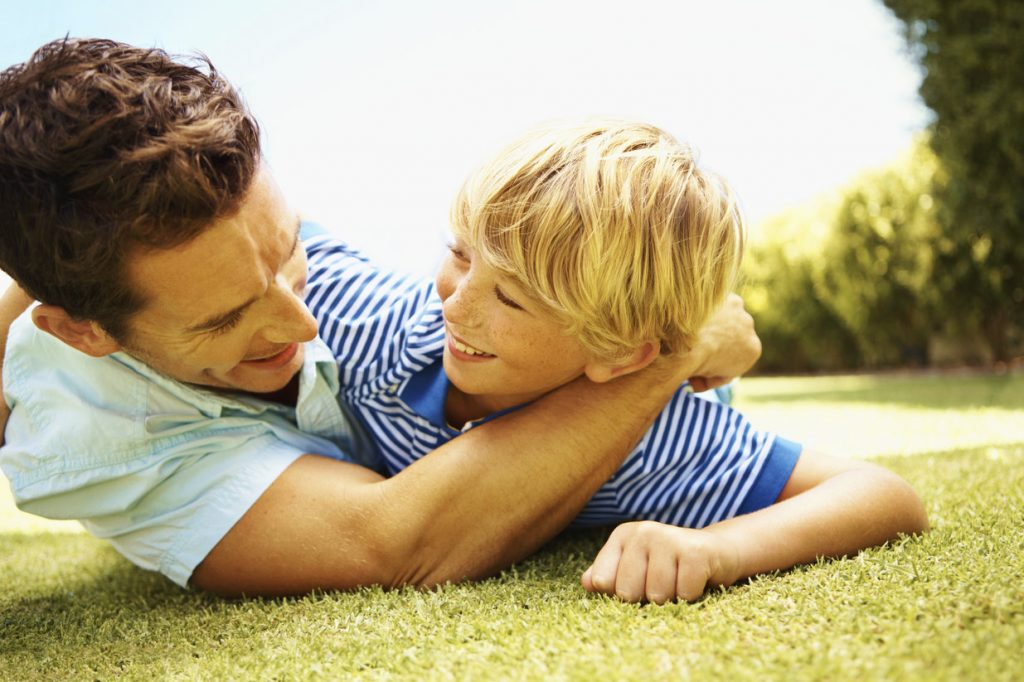 7 Reasons Artificial Grass is Perfect for Families