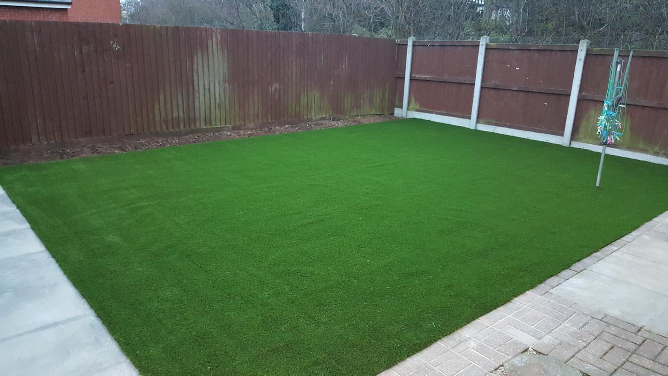 artificial grass crease