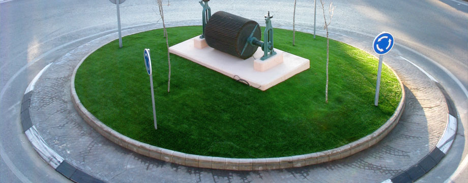 artificial grass roundabout public