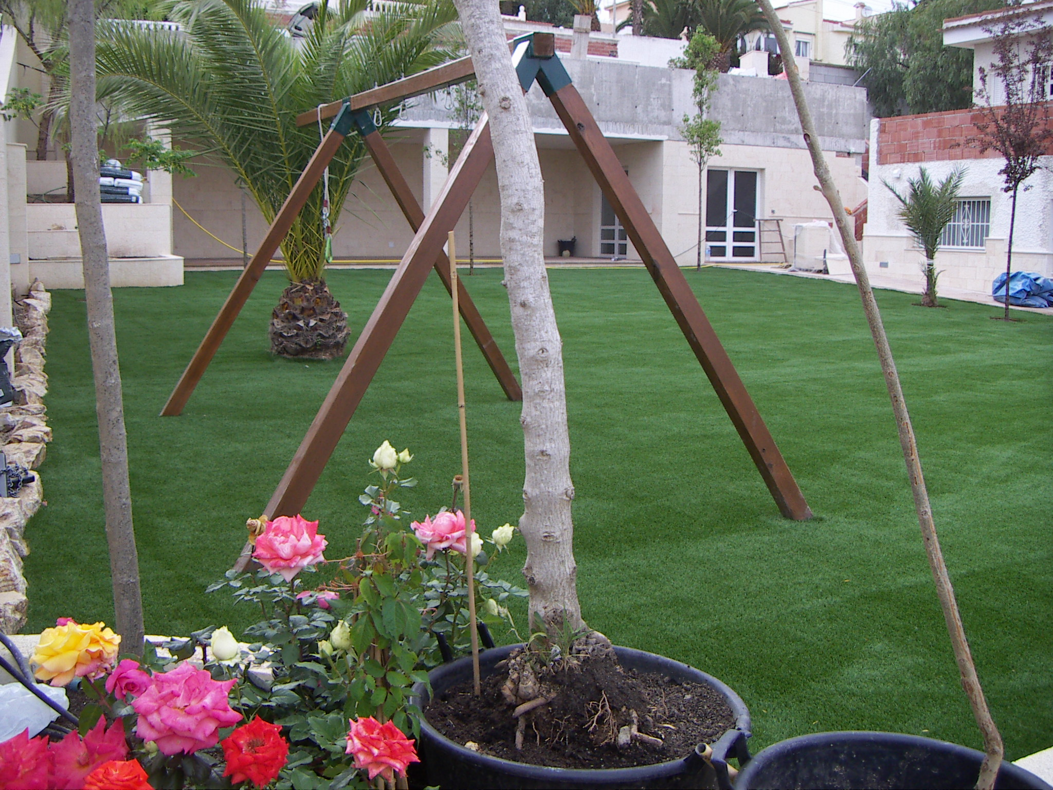 artificial grass in school playground