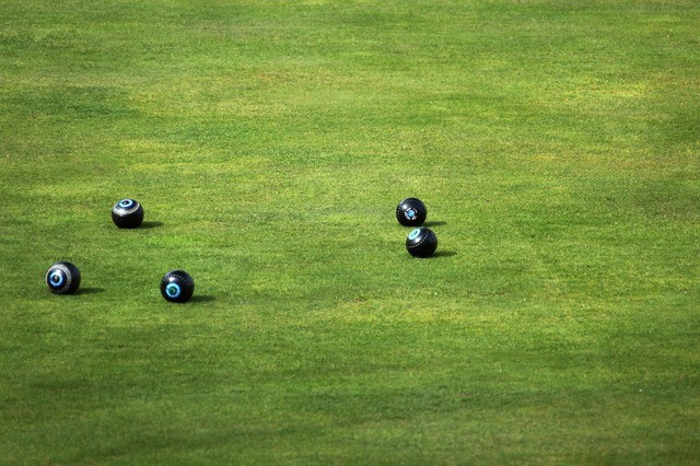 8 Reasons to Use Artificial Grass for a Bowling Green