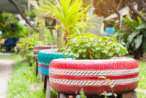 5 Ways to Utilise Upcycling in Your Garden
