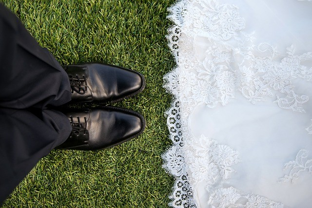 artificial grass for weddings