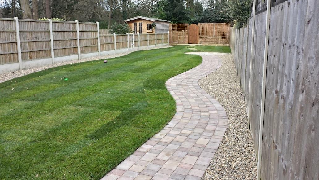 block paved garden path
