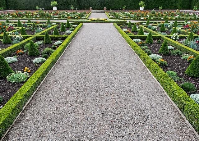 formal garden loose gravel path