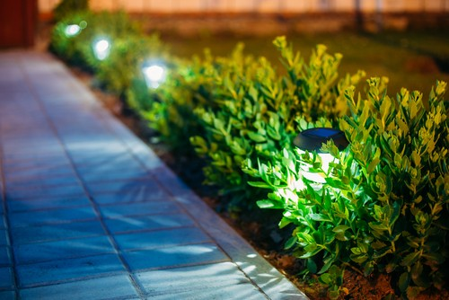spike garden lights