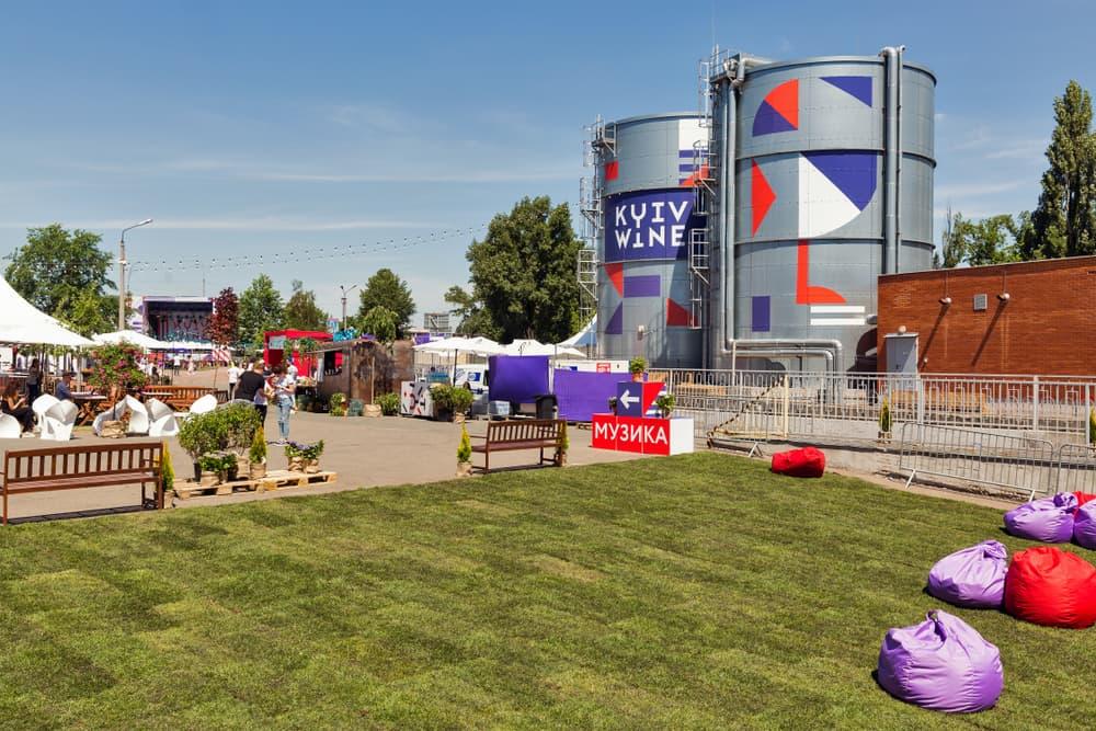 festival artificial grass