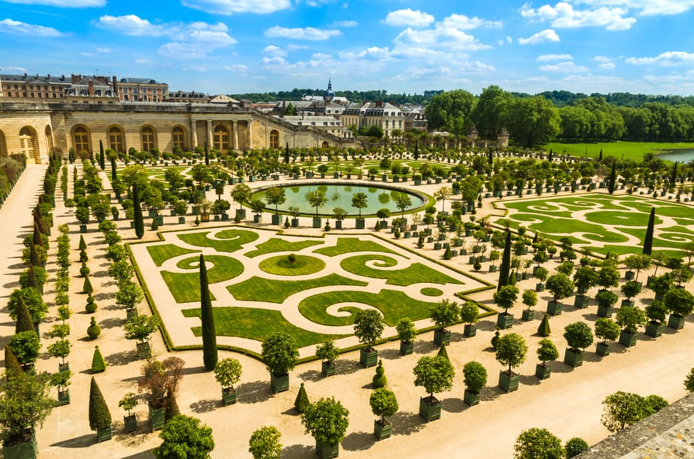 renaissance period garden of versailles